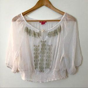 adorable body central flowy hippie/pilgrim blouse